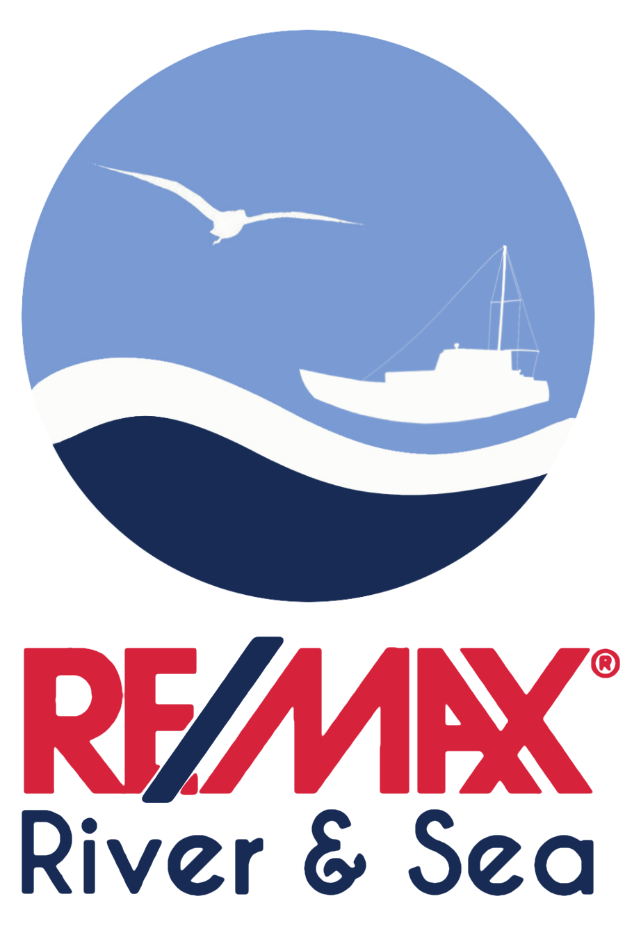 Dorrie Caruana - RE/MAX River & Sea Logo