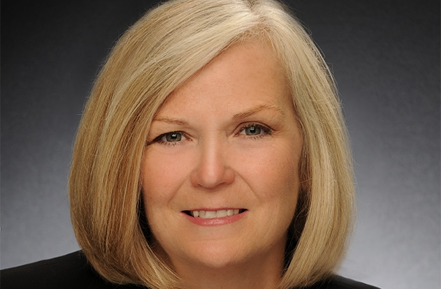 International Sterling Society Award Cathy Lyons 2017