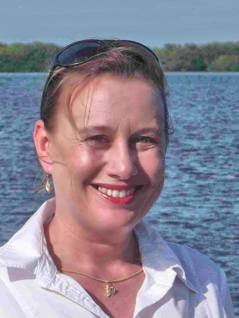 Ariane DeWitt