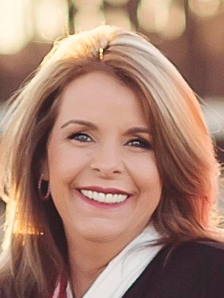 Julie Nay Gordon